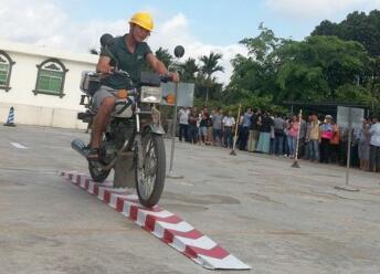重庆摩托车驾照考试流程和技巧